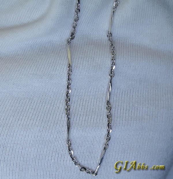 六福千足金戒指 3.61g 14号 周生生PT990项链 手链 钻石吊坠 商业交易